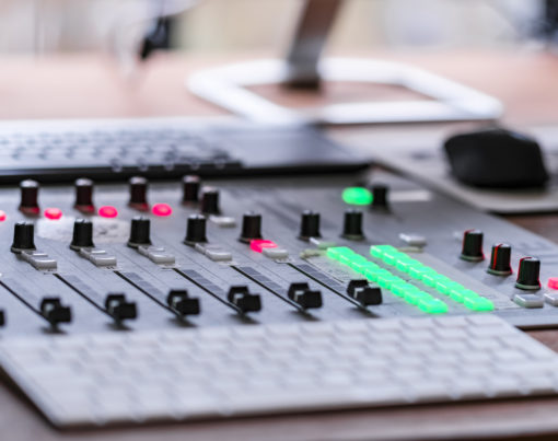 say say soulful hip-hop radio - Radio Studio Mischpult - 001 - Fotograf Eric Anders