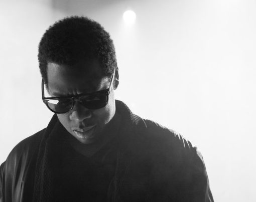 Jay-Z Beitragsbild - Warner Music - by Chris Baldwin